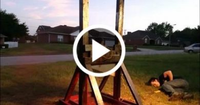 Guillotine Vs A Spray Paint Can Side Effects